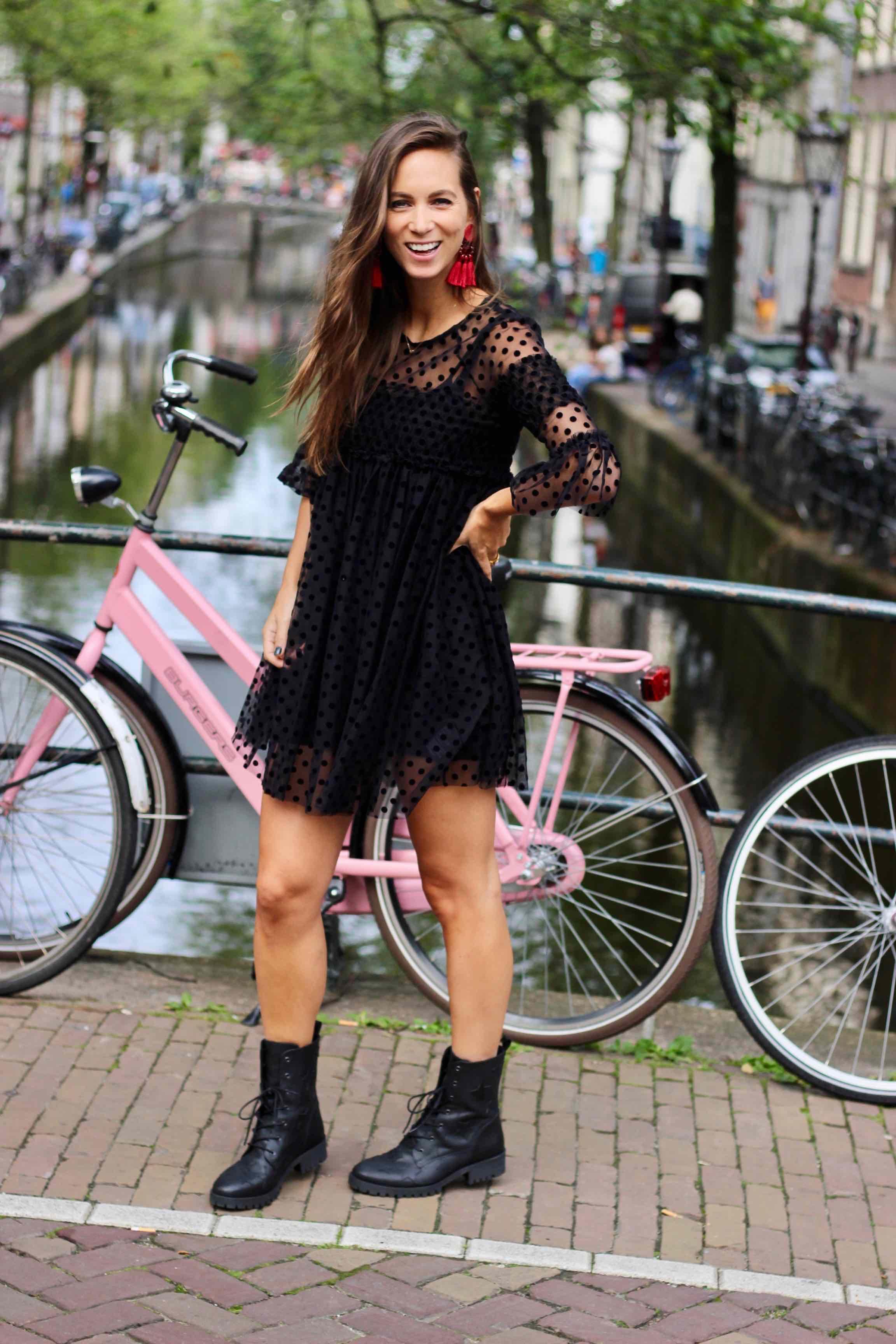Super Look: dit jurkje met polkadots is lief, stoer en sexy tegelijk  @VD25