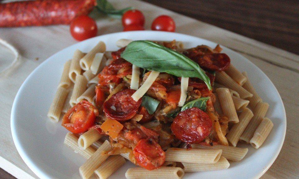Pasta met chorizo en tomaat