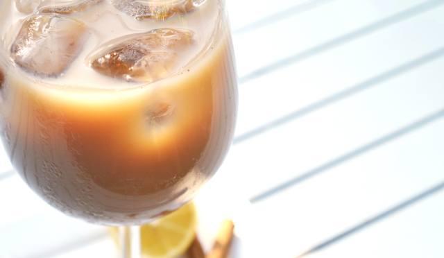 ijskoffie-met-amandelmelk3